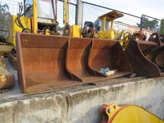 CAZOS DE LIMPIEZA- ANCHO: 200 CM front loader bucket